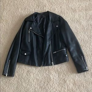Forever 21 Size Small Black Leather Jacket